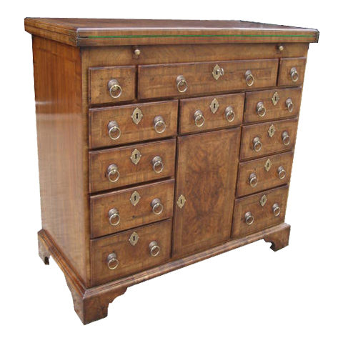 A very fine copy of a George I Walnut Bachelors Chest (circa 1720)
