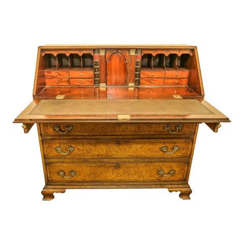"""Yew - Wood """"Oyster"""" Bureau (Circa 1820)"""